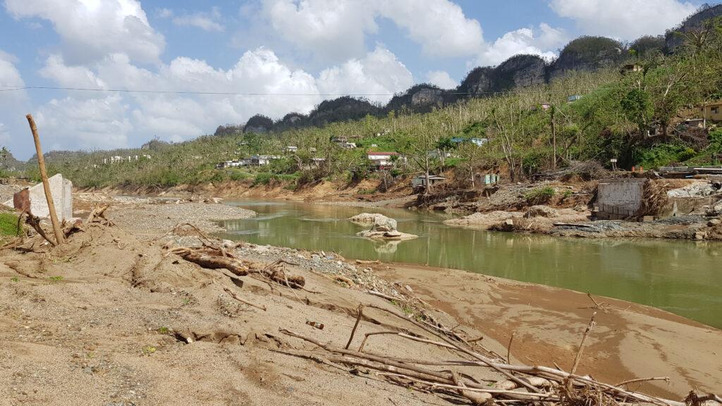 3.Bridge over Grande de Manatí River at Ciales after the hurricane. Photo by Ismael Pagán-Trinidad.